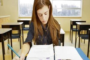 Что проще написать: учебный или научный доклад