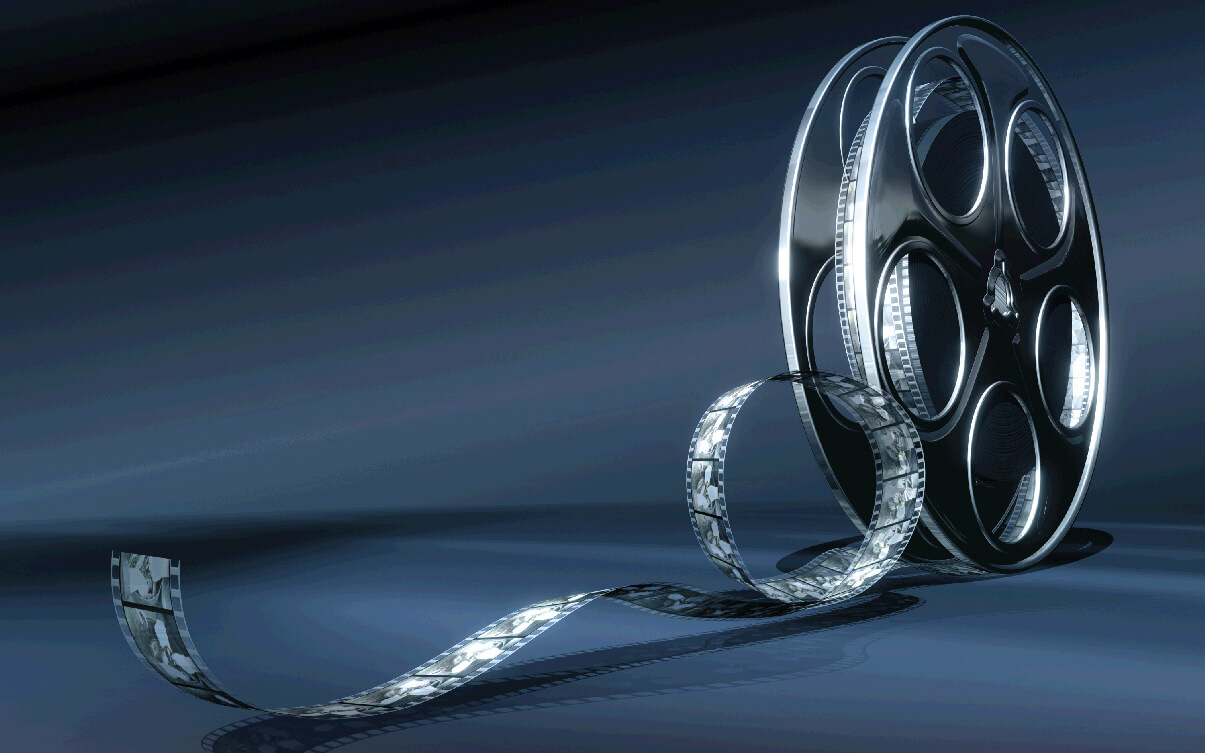 Кинорецензия: история, особенности жанра, структура