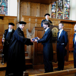 Как получить степень кандидата наук: аспирантура и соискательство