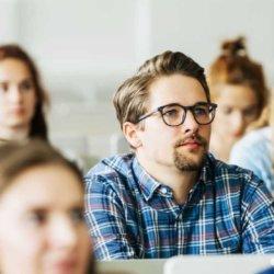 Целью студентов после окончания школы становится поступление в ВУЗ, в чем разница между институтом и университетом?